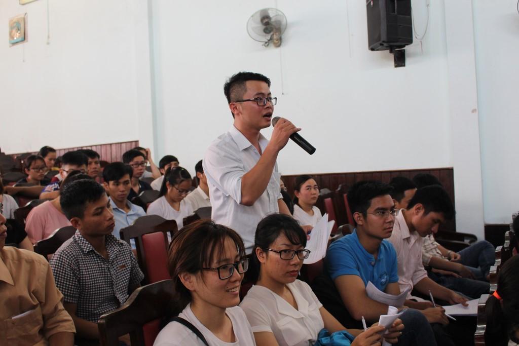 Hội thảo tham vấn chia sẻ thông tin về dự án Thí điểm bác sỹ trẻ tình nguyện về vùng khó khăn tại Thừa Thiên Huế